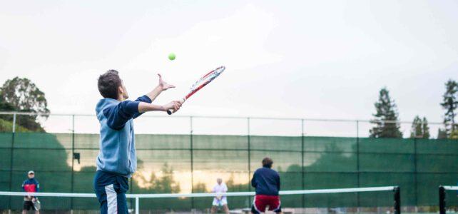 Tennis für Anfänger: Verbessern Sie Ihre Tennisfähigkeiten mit diesen 3 Tipps!